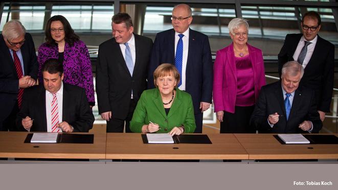 Angela Merkel, Sigmar Gabriel und Horst Seehofer haben heute vorläufig den Koalitionsvertrag unterzeichnet.