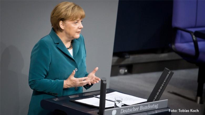 Bundeskanzlerin Angela Merkel bei der Regierungserklärung im Deutschen Bundestag
