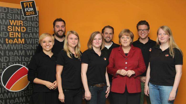 Das Kern-teAM Deutschland mit Bundeskanzlerin Angela Merkel