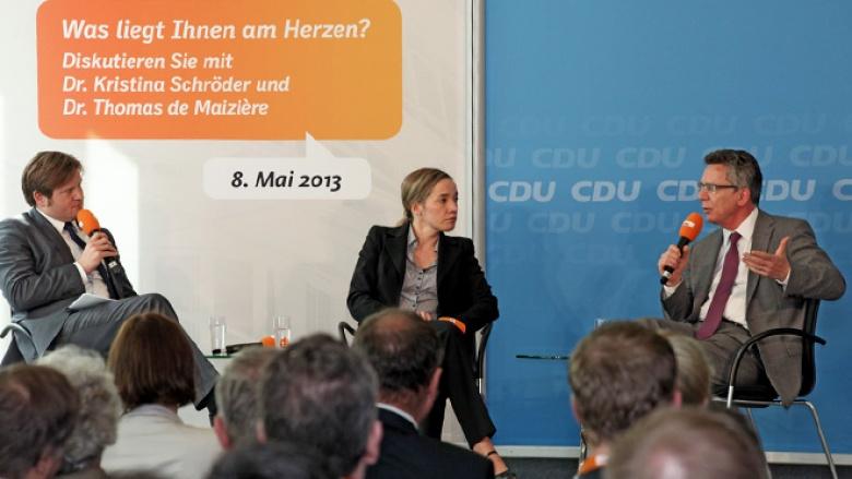 """Gespräch """"Was Ihnen am Herzen liegt?"""" mit Kristina Schröder und Thomas de Maizière"""