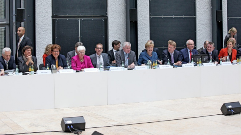 Zu Beginn der dritten Großen Runde in den Koalitionsgesprächen