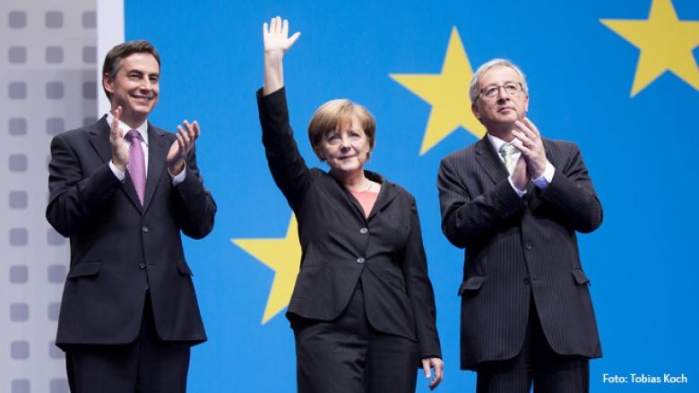 David McAllister, Angela Merkel und Jean-Claude Juncker (Foto: Tobias Koch)