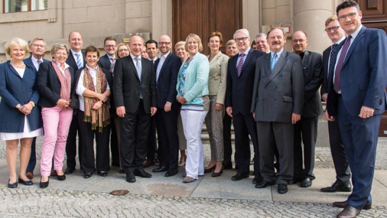 Peter Tauber und die Bundestagsabgeordneten der 20 größten Städte Deutschlands