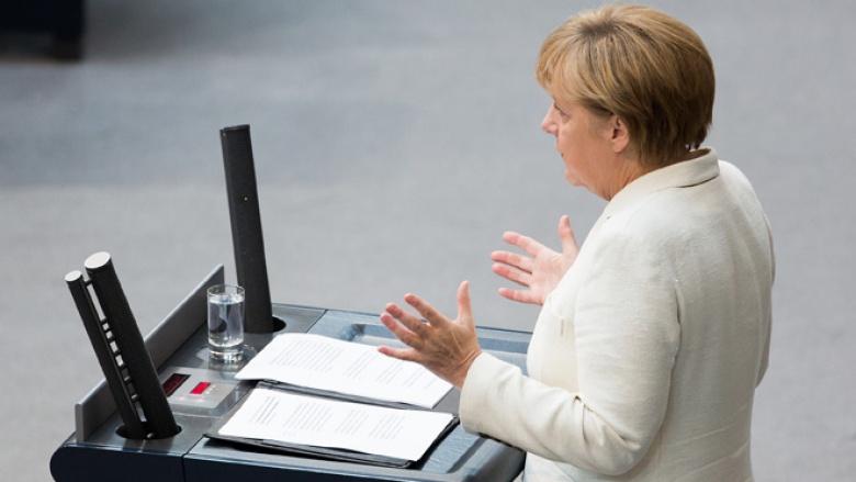 Bundeskanzlerin und CDU-Vorsitzende Angela Merkel bei ihrer Rede in der Generaldebatte zum Bundeshaushalt 2015