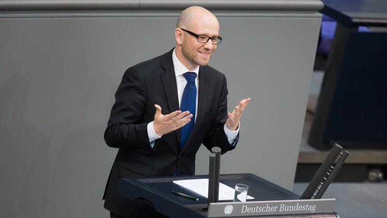 CDU-Generalsekretär Peter Tauber bei seiner Rede im Bundestag