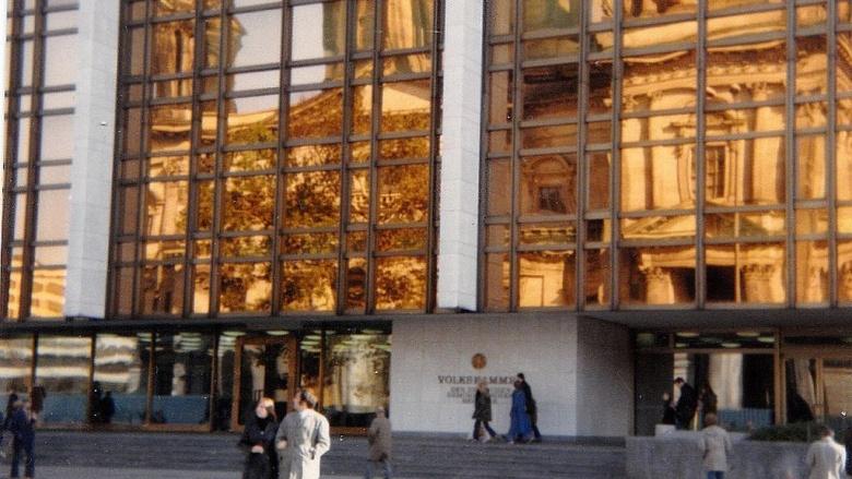 07.11.89: Ministerrat tritt zurück