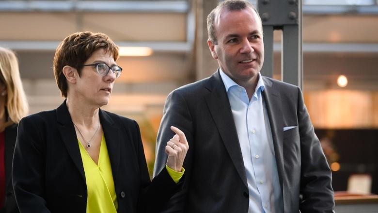CDU-Vorsitzende Annegret Kramp-Karrenbauer und Manfred Weber, gemeinsamer Spitzenkandidat von CDU/CSU zur Europawahl