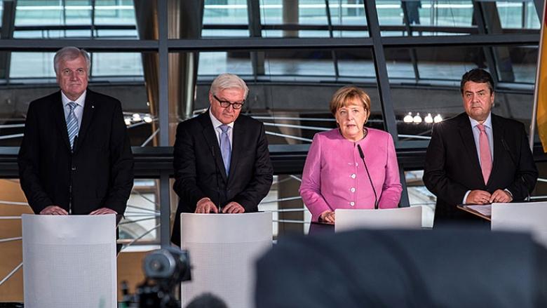 Horst Seehofer, Frank-Walter Steinmeier, Angela Merkel und Sigmar Gabriel