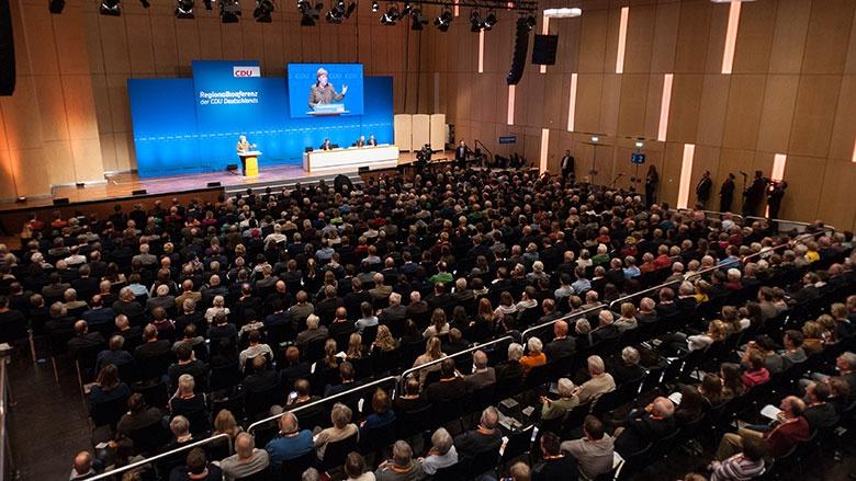 1.000 Mitglieder und Gäste verfolgten die Regionalkonferenz in Münster