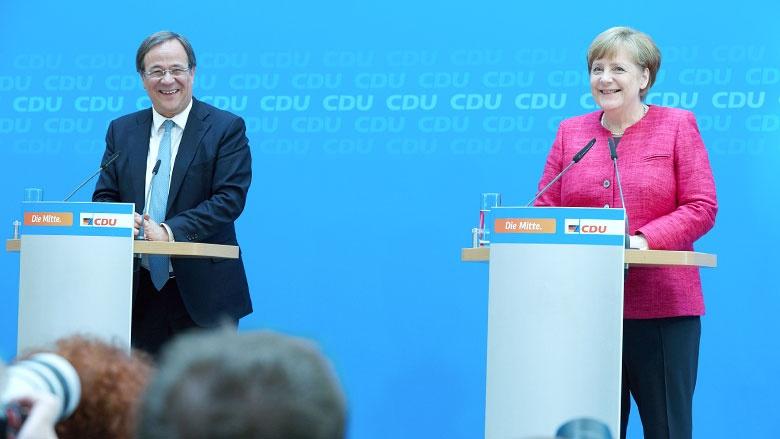 Armin Laschet und Angela Merkel