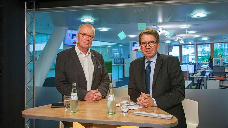 Ruprecht Polenz und CDU Live-Moderator Frank Bergmann