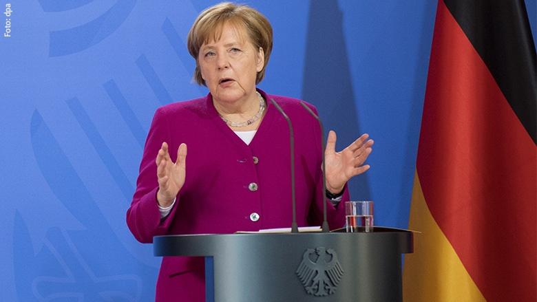 Angela Merkel bei der Regierungsklausur in Schloss Meseberg