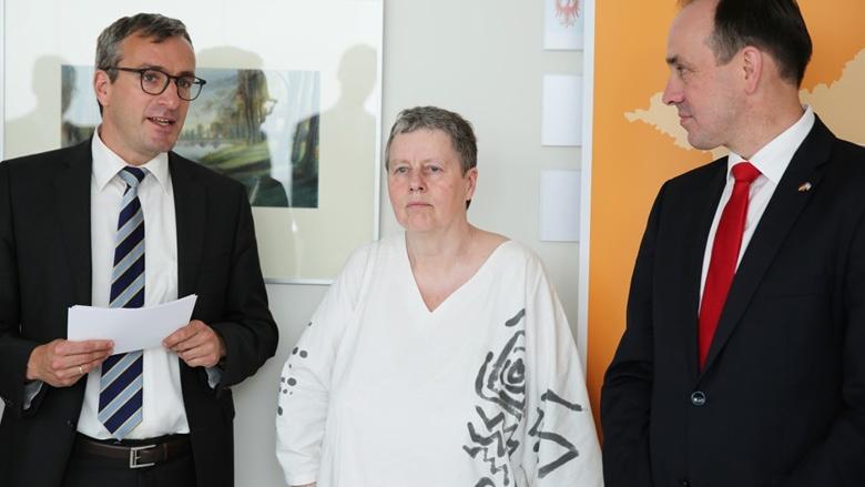 """CDU-Fraktion im Landtag Brandenburg eröffnet die Ausstellung """"Vom Heiligen Land"""" der Künstlerin Sigrid Noack"""