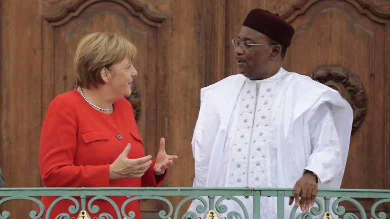Bundeskanzlerin Angela Merkel mit Mahamadou Issoufou, Staatspräsidenten der Republik Niger