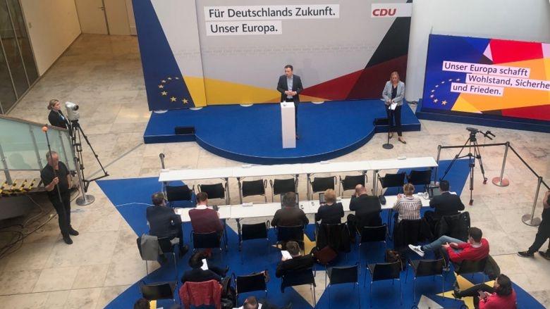 CDu-Generalsekretär Paul Ziemiak während der Pressekonferenz im Anschluss an die Präsidiumssitzung im Konrad-Adenauer-Haus