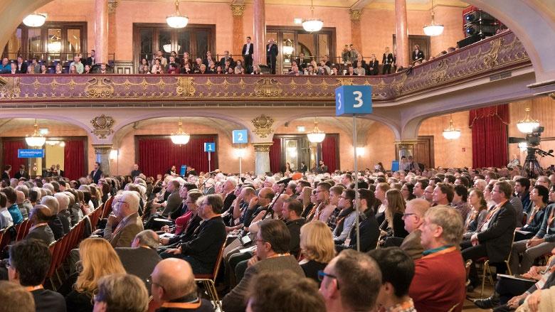 Bis auf den letzten Platz gefüllt: Stadthalle Heidelberg