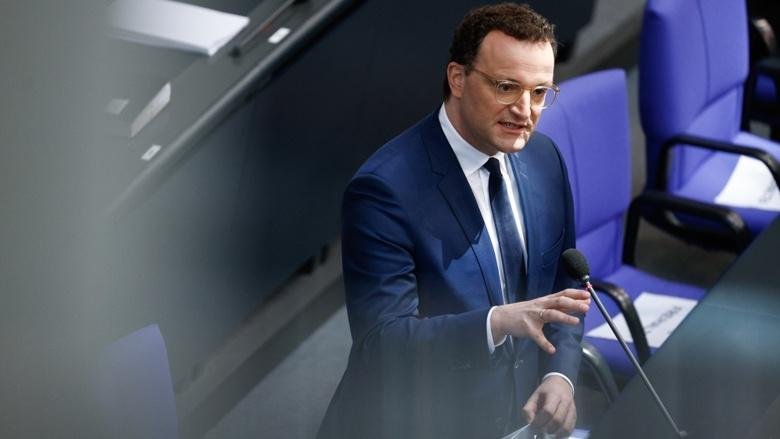 Bundesgesundheitsminister Jens Spahn während der Fragestunde im Parlament des Deutschen Bundestags