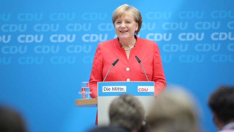 Das Bild zeigt: CDU-Vorsitzende Angela Merkel auf einer Pressekonferenz