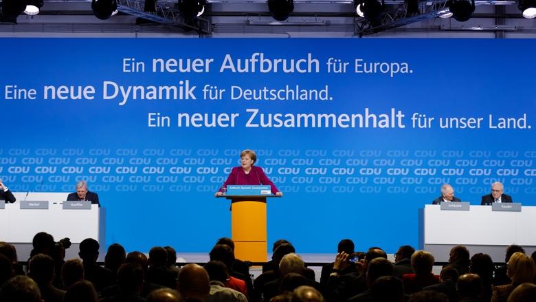 Angela Merkel bei ihrem Bericht