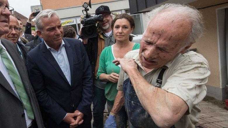 Innenminister Thomas Strobl im Hochwassergebiet