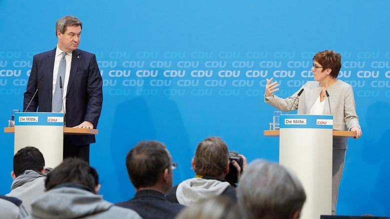 CDU-Vorsitzende Annegret Kramp-Karrenbauer und CSU-Chef Markus Söder während einer gemeinsamen Pressekonferenz aus dem Konrad-Adenauer-Haus in Berlin