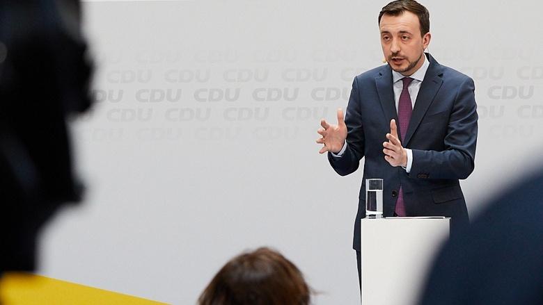 CDU-Generalsekretär Paul Ziemiak während der Pressekonferenz im Anschluss an die Sitzungen von CDU-Präsidium und Bundesvorstand