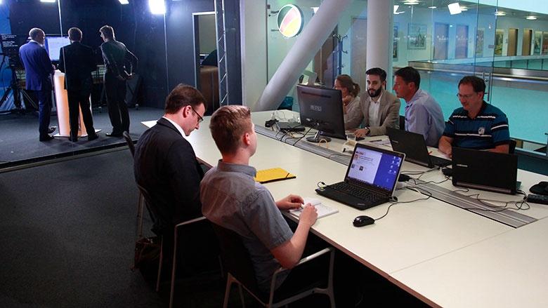 Schaltzentrale der Videokonferenz im Konrad-Adenauer-Haus