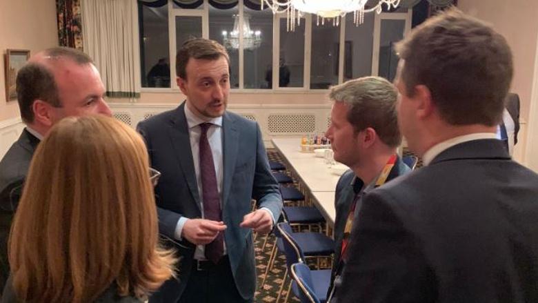 In Halle/Saale nahmen Paul Ziemiak und der EVP-Spitzenkandidat Manfred Weber an einer Podiumsdiskussion teil