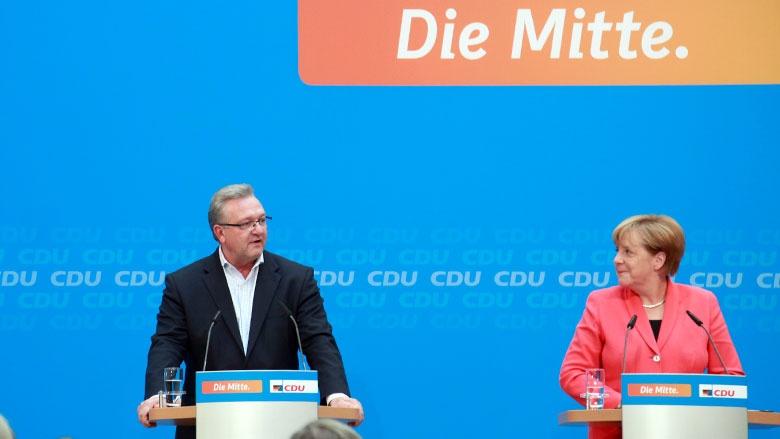 Frank Henkel und Angela Merkel