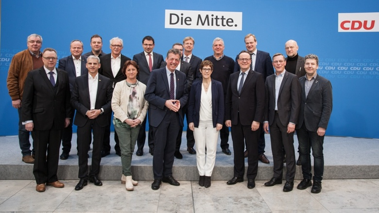 CDU-Vorsitzende Annegret Kramp-Karrenbauer mit den agrarpolitischen Sprechern von CDU und CSU