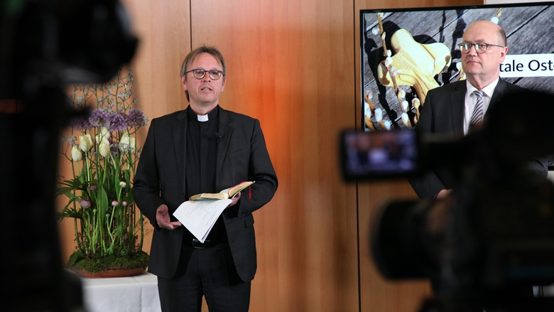 Osterandacht per Video: Prälat Karl Jüsten und Prälat Matrtin Dutzmann bei der CDU Deutschlands