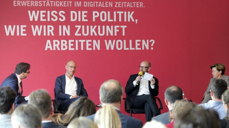 Podiumsdiskussion mit Peter Tauber