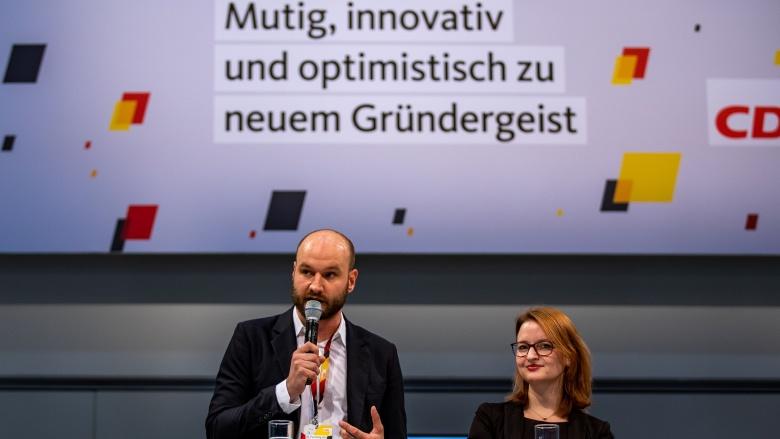 """Programmdebatte """"Mutig, innovativ und optimistisch zu neuem Gründergeist"""""""