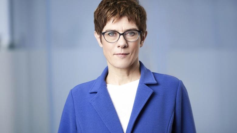 Pressefoto der CDU-Vorsitzenden Annegret Kramp-Karrenbauer  © Foto: CDU / Laurence Chaperon
