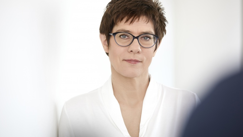 Pressefoto der CDU-Generalsekretärin Annegret Kramp-Karrenbauer, Foto: CDU / Laurence Chaperon