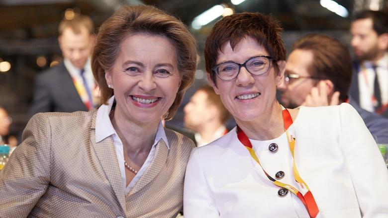 Impressionen vom 30. Parteitag der CDU / Ursula von der Leyen und Annegret Kramp-Karrenbauer