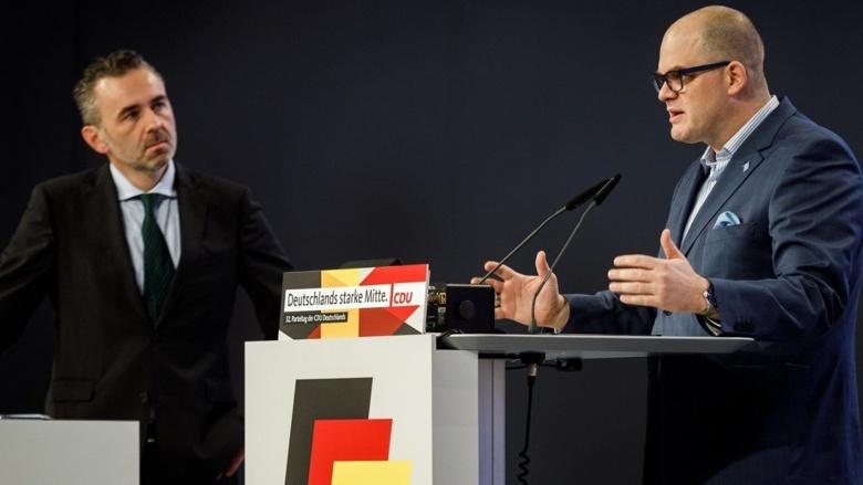 Zwei der Initiatoren des Antragspapiers zur Digitalcharta: (v.l.) Thomas Jarzombek MdB und Prof. Dr. Jörg Müller-Lietzkow