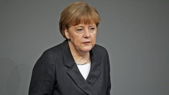 Angela Merkel bei ihrer Regierungserklärung im Deutschen Bundestag