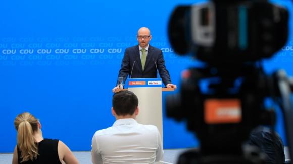 """Tauber: Vorschriften und Rahmenbedingungen """"fortschrittlicher und handhabbarer"""" machen"""