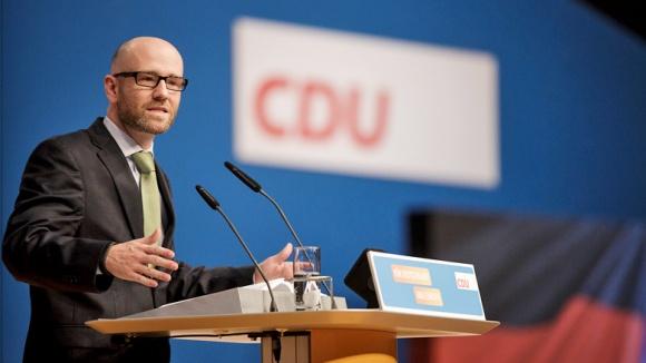 Peter Tauber bei seinem Bericht auf dem 28. Parteitag der CDU Deutschlands in Karlsruhe