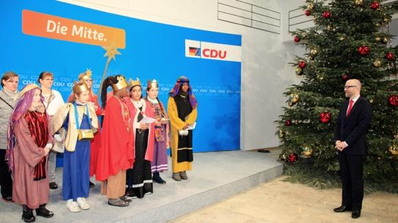 Die Sternsinger am Dreikönigsfest zu Gast im Konrad-Adenauer-Haus