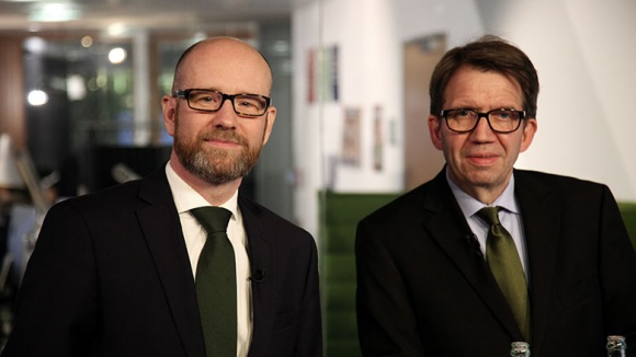 Generalsekretär Peter Tauber und Moderator Frank Bergmann