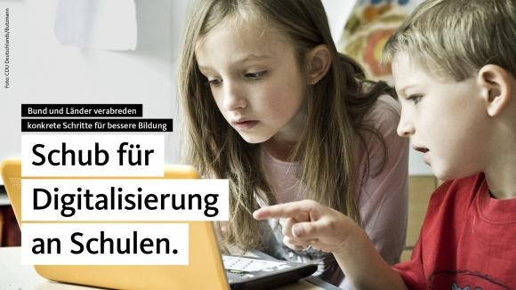 Bundeskanzlerin Angela Merkel: Schub für Digitalisierung an Schulen
