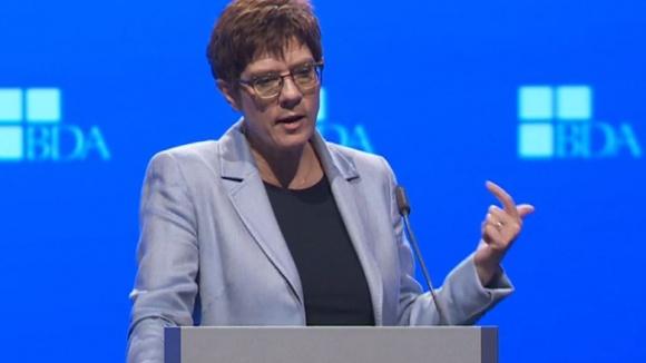 CDU-Vorsitzende Annegret Kramp-Karrenbauer während ihrer Rede auf dem Arbeitgebertag des BDA