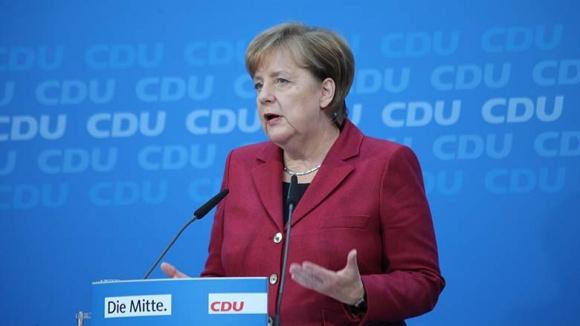 Merkel mahnt zügige Gespräche mit der SPD an